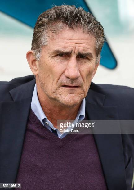 Edgardo Bauza coach of Argentina looks on before a match between Bolivia and Argentina as part of FIFA 2018 World Cup Qualifiers at Hernando Siles...