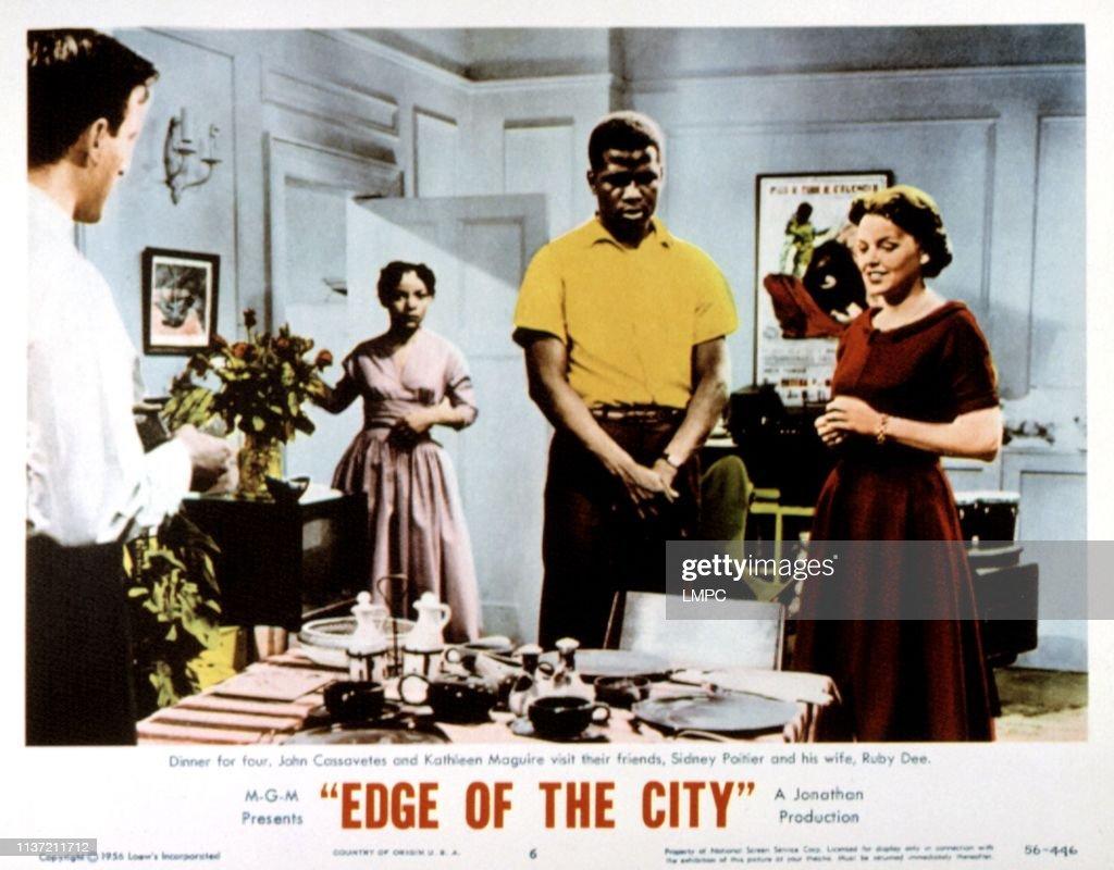 Edge Of The City : News Photo