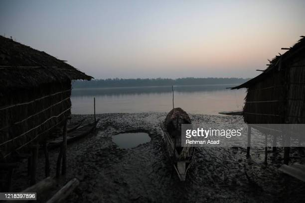 edge of the sundarbans - extreme weather stock pictures, royalty-free photos & images