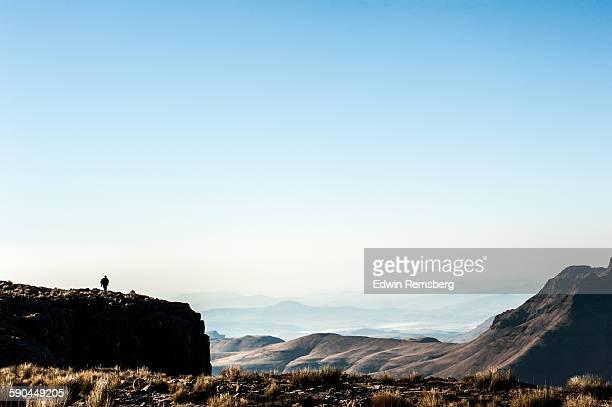 edge of the world - lesoto fotografías e imágenes de stock