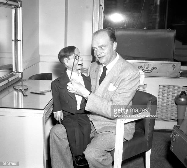 ACTOR Edger Bergen News Color Studio ShowsEdgar Bergen and Charlie McCarthy in the Color studio