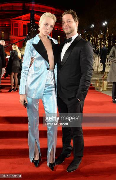 Edie Campbell and Derek Blasberg arrive at The Fashion Awards 2018 in partnership with Swarovski at the Royal Albert Hall on December 10 2018 in...