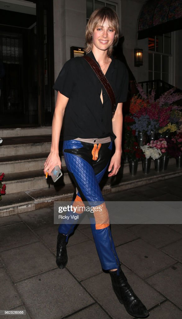 Edie Campbell Dines at 34 Mayfair with Friends