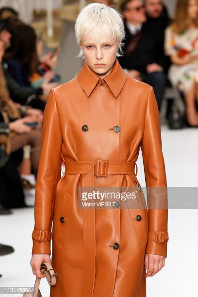 Edie Campbell walks the runway at the Tod's Ready to Wear Fall/Winter 2019-2020 fashion show at Milan Fashion Week Autumn/Winter 2019/20 on February...