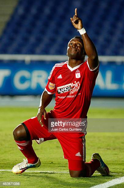 Edier Tello of America de Cali celebrates after scoring the opening goal during a match between America de Cali and Cucuta as part of Torneo Postobon...