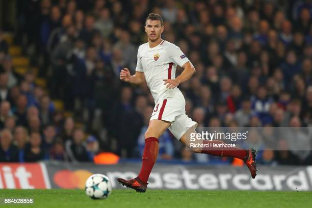 Edin Džeko of Roma during the UEFA Champions League group C match between Chelsea FC and AS Roma at Stamford Bridge on October 18 2017 in London...
