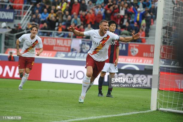 Edin Dzaeko of AS Roma celebrates after scoring his team's second goal during the Serie A match between Bologna FC and AS Roma at Stadio Renato...