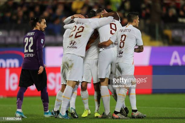 Edin Dzeko of AS Roma celebrates after scoring a goal during the Serie A match between ACF Fiorentina and AS Roma at Stadio Artemio Franchi on...