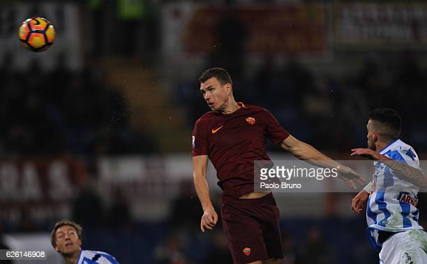 Edin Dzeko of AS Roma in action during the Serie A match between AS Roma and Pescara Calcio at Stadio Olimpico on November 27 2016 in Rome Italy