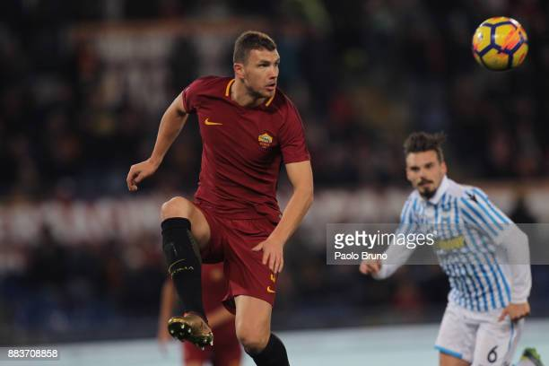Edin Dzeko of AS Roma in action during the Serie A match between AS Roma and Spal at Stadio Olimpico on December 1 2017 in Rome Italy