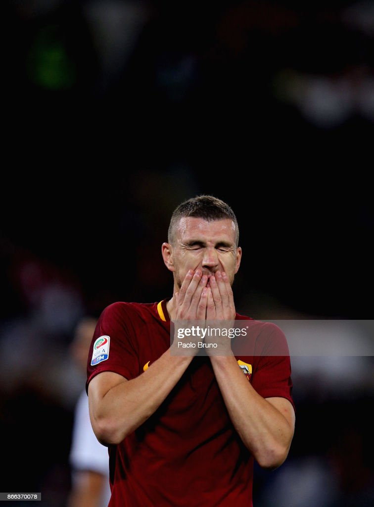 Edin Dzeko of AS Roma reacts during the Serie A match between AS Roma and FC Crotone at Stadio Olimpico on October 25, 2017 in Rome, Italy.