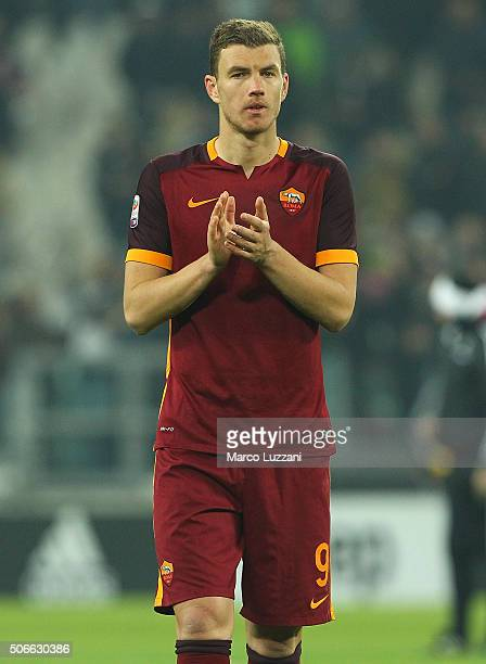 Edin Dzeko of AS Roma salutes the crowd at the end of the Serie A match between Juventus FC and AS Roma at Juventus Arena on January 24 2016 in Turin...