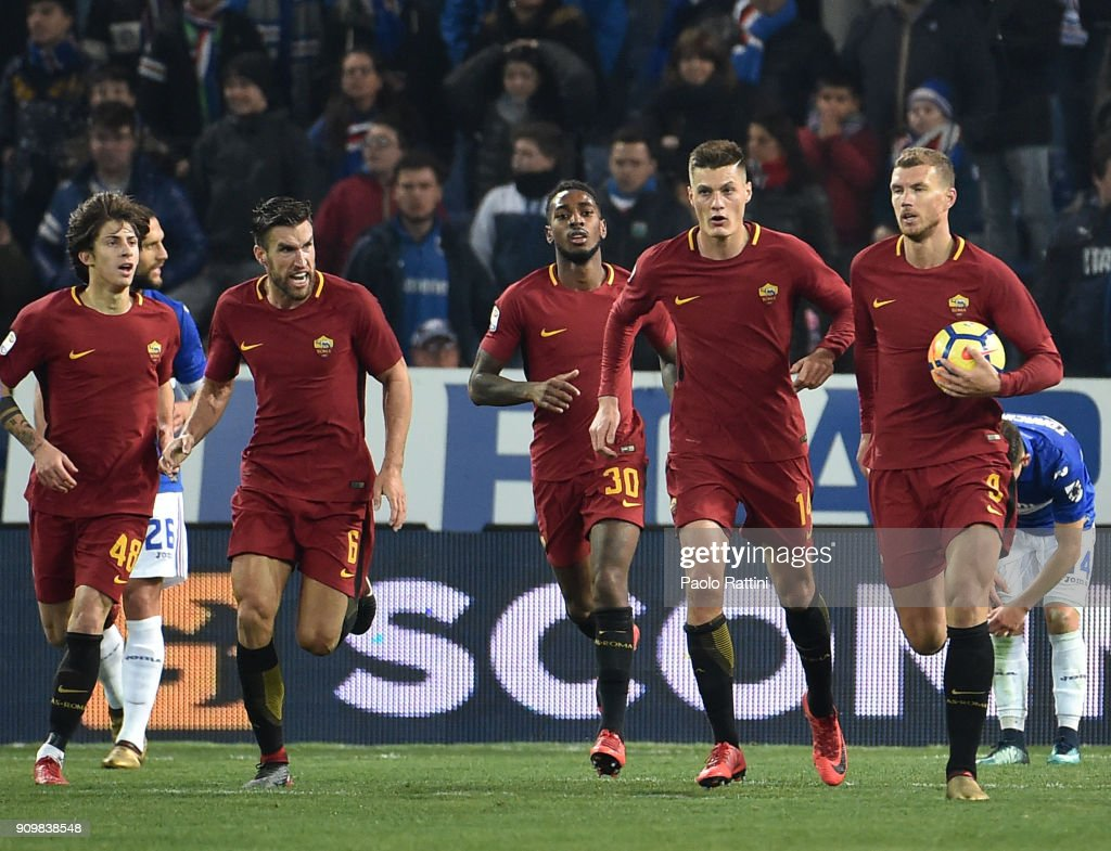 Edin Dzeko of Roma celebrates after goal 1-1 during the Serie A match between UC Sampdoria and AS Roma on January 24, 2018 in Genoa, Italy.