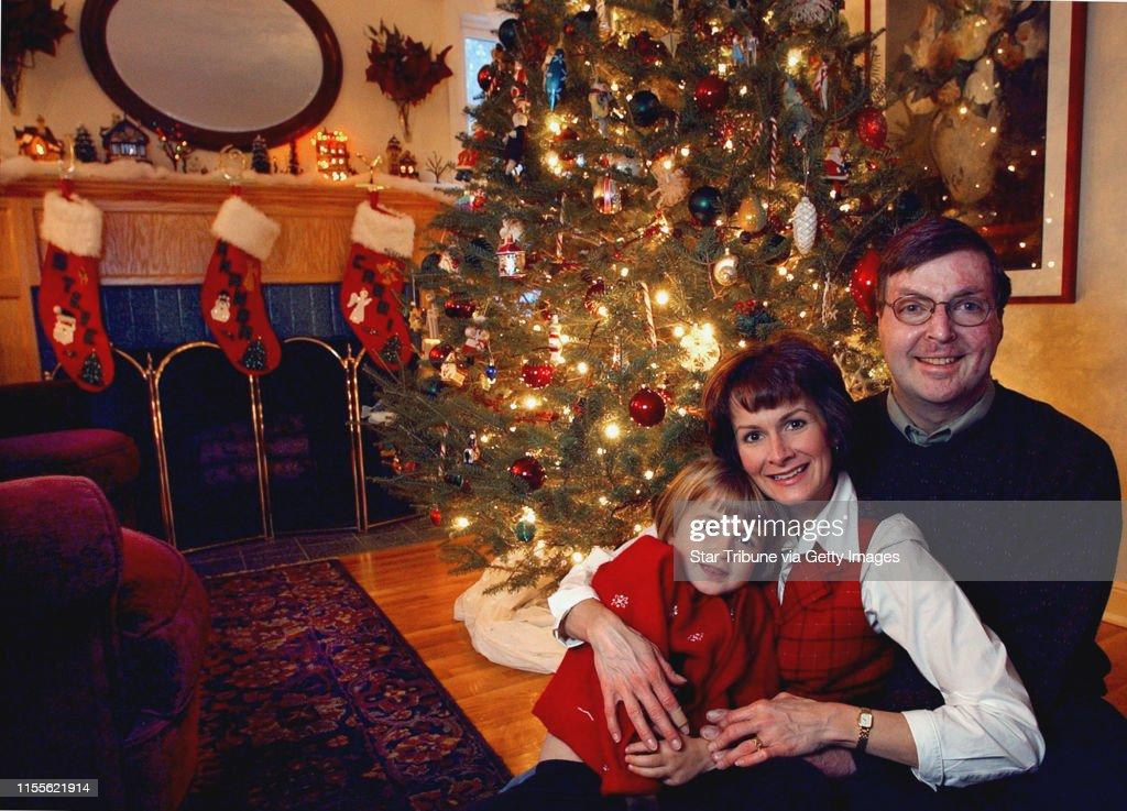 Edina Mn Thurs Dec 4 2003 Four Year Old Amanda Carri And News Photo Getty Images