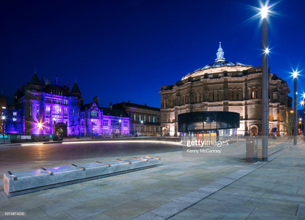 Edinburgh - Bristo Square : ストックフォト