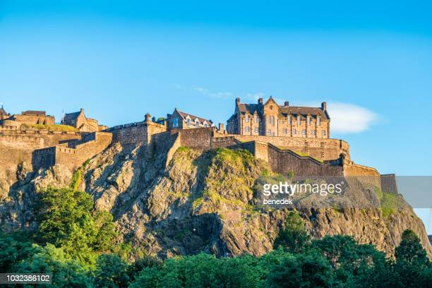 edinburgh castle and castle rock in edinburgh scotland uk - edinburgh castle stock pictures, royalty-free photos & images