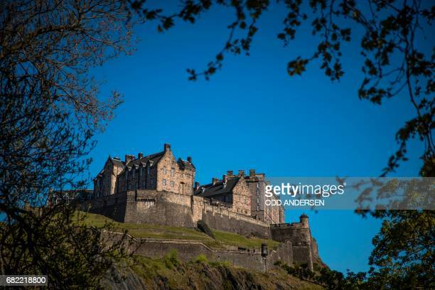 Edinburgh Castle is pictured on the Castle Rock in Edinburgh on May 11 2017 / AFP PHOTO / Odd ANDERSEN