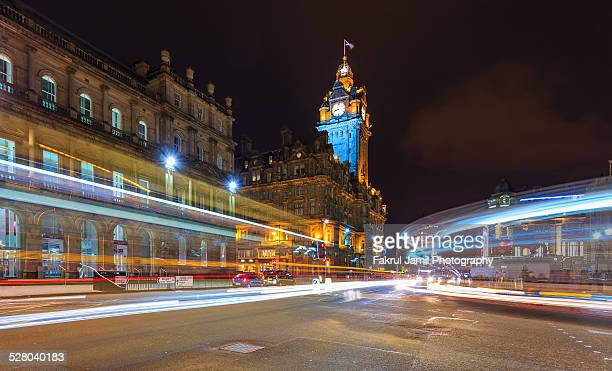 edinburgh city at night - holyrood palace stock pictures, royalty-free photos & images