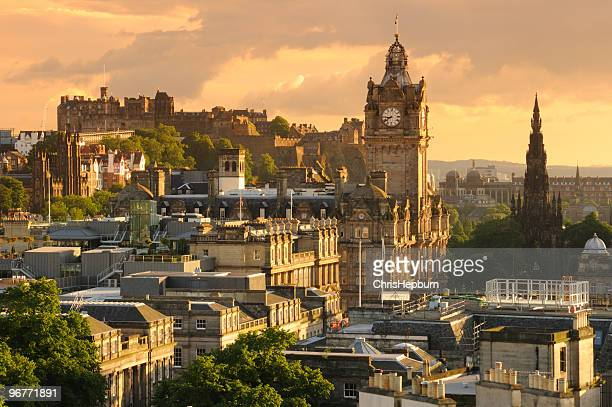 edinburgh cityscape - scotland stock pictures, royalty-free photos & images