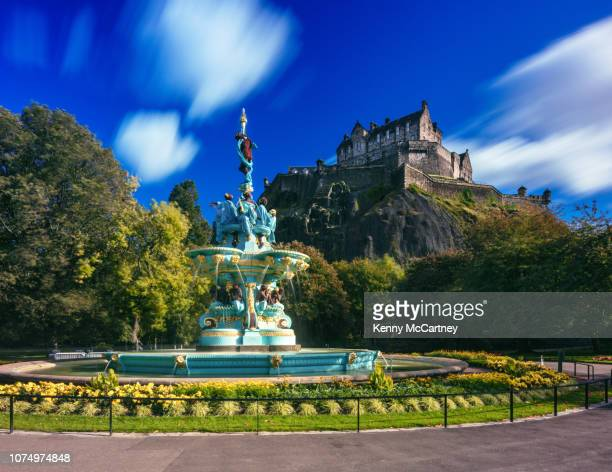 edinburgh - ross fountain - edinburgh castle stock pictures, royalty-free photos & images