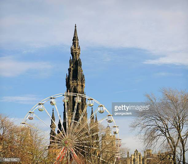 Edinburgh Scott Monument y Ferris Wheel