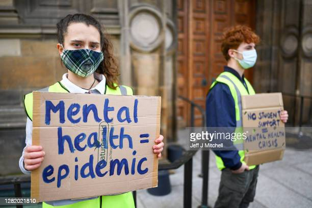 Edinburgh University students protest in the light of the Covid -19 pandemic, against the false promise of 'hybrid learning 'to new and returning...