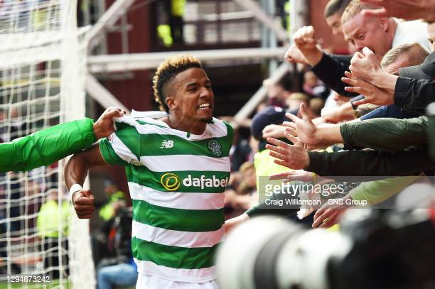 Celtic's Scott Sinclair celebrates after he fires home a debut goal to put his side into the lead
