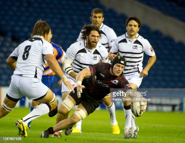 Edinburgh Rugby's Ross Rennie troubles Zebre.