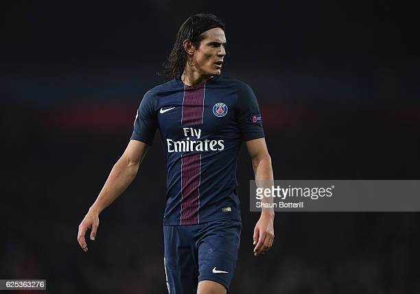 Edinson Carvani of Paris SaintGermain during the UEFA Champions League match between Arsenal FC and Paris SaintGermain at Emirates Stadium on...