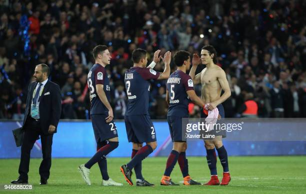 Edinson Cavani and teammattes of Paris SaintGermain celebrate the championship victory after the Ligue 1 match between Paris Saint Germain and AS...