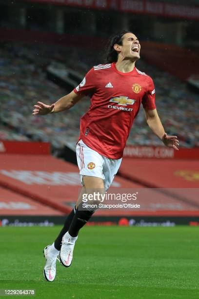 Edinson Cavani of Man Utd shouts with frustration after missing a chance during the Premier League match between Manchester United and Chelsea at Old...