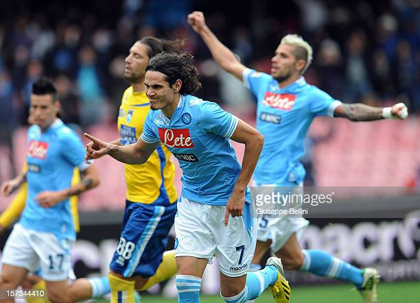 Edinson Cavani of Napoli celebrates after scoring the 3-1 goal during the Serie A match between SSC Napoli and Pescara Calcio at Stadio San Paolo on...