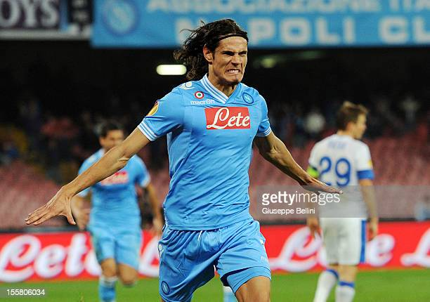 Edinson Cavani of Napoli celebrates after scoring the goal 3-2 during the UEFA Europa League Group F match between SSC Napoli and FC Dnipro...
