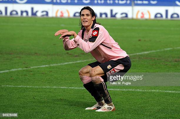 Edinson Cavani of Palermo celebrates after scoring the opening goal during the Serie A match between US Citta di Palermo and AC Siena at Stadio Renzo...