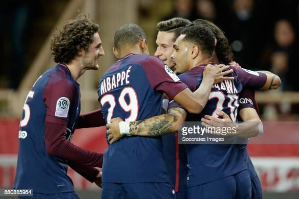 Edinson Cavani of Paris Saint Germain celebrates 01 with Adrien Rabiot of Paris Saint Germain Kylian Mbappe of Paris Saint Germain Layvin Kurzawa of...