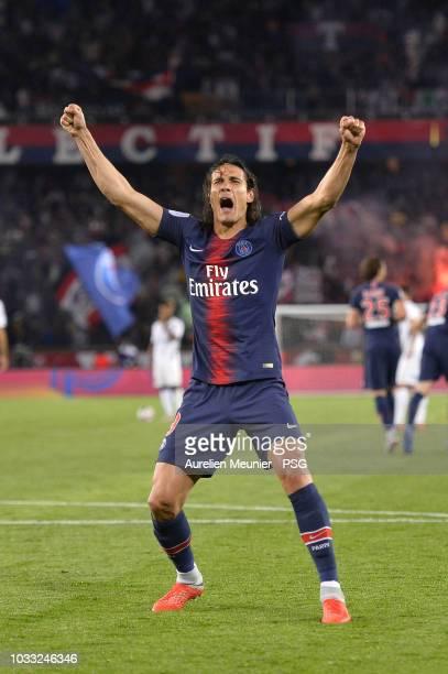 Edinson Cavani of Paris Saint-Germain celebrates after scoring during the French Ligue 1 match between Paris Saint Germain and AS Saint Etienne on...