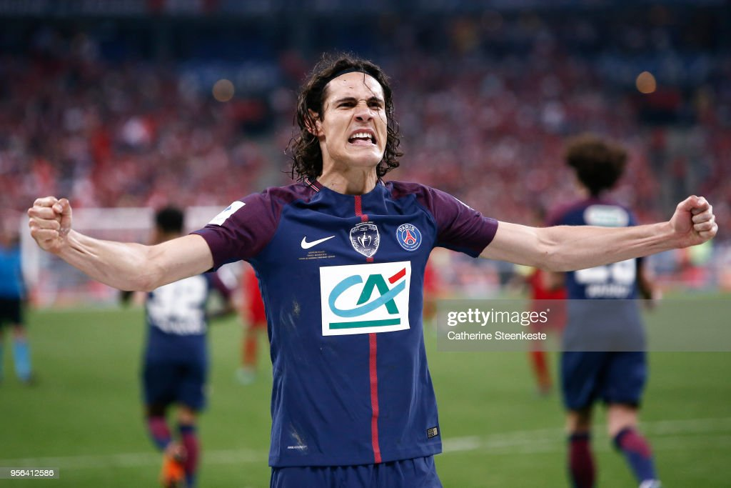 Edinson Cavani #9 of Paris Saint-Germain celebrates his goal during the Coupe de France Final between Les Herbiers VF and Paris Saint-Germain at Stade de France on May 8, 2018 in Paris, France.