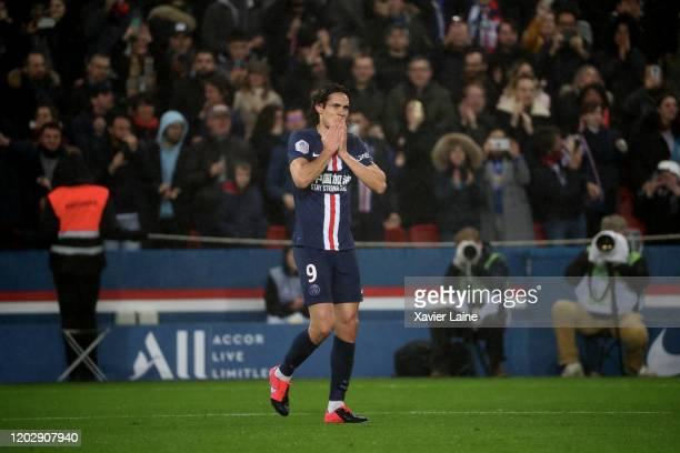 Edinson Cavani of Paris SaintGermain celebrates its two hundredths goal during the Ligue 1 match between Paris SaintGermain and Girondins Bordeaux at...