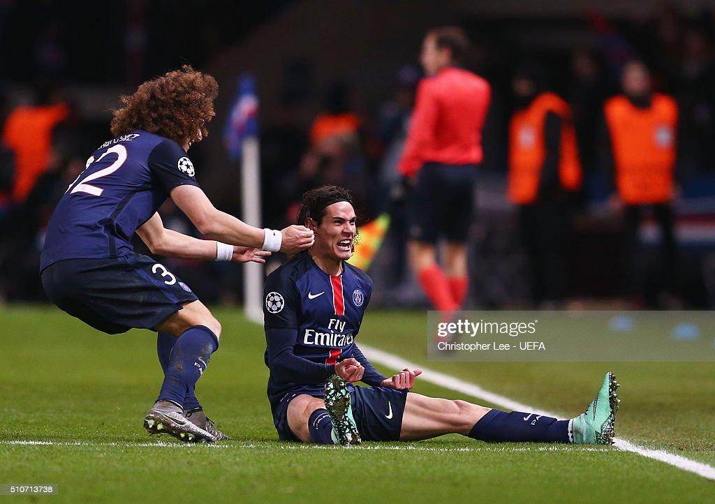 Edinson Cavani of Paris Saint-Germain (R) celebrates with team mate David Luiz as he scores their second goal during the UEFA Champions League round of 16 first leg match between Paris Saint-Germain and Chelsea at Parc des Princes on February 16, 2016 in Paris, France.