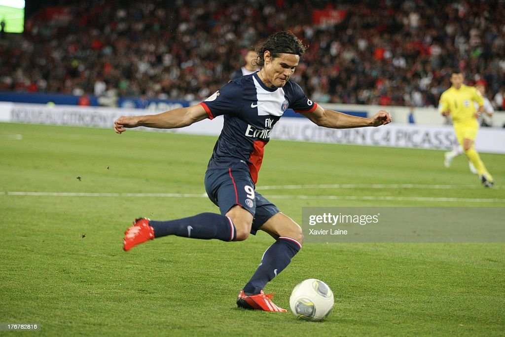Edinson Cavani of Paris Saint-Germain in action during the French League 1 between Paris Saint-Germain FC and AC Ajaccio, at Parc des Princes on August 18, 2013 in Paris, France.