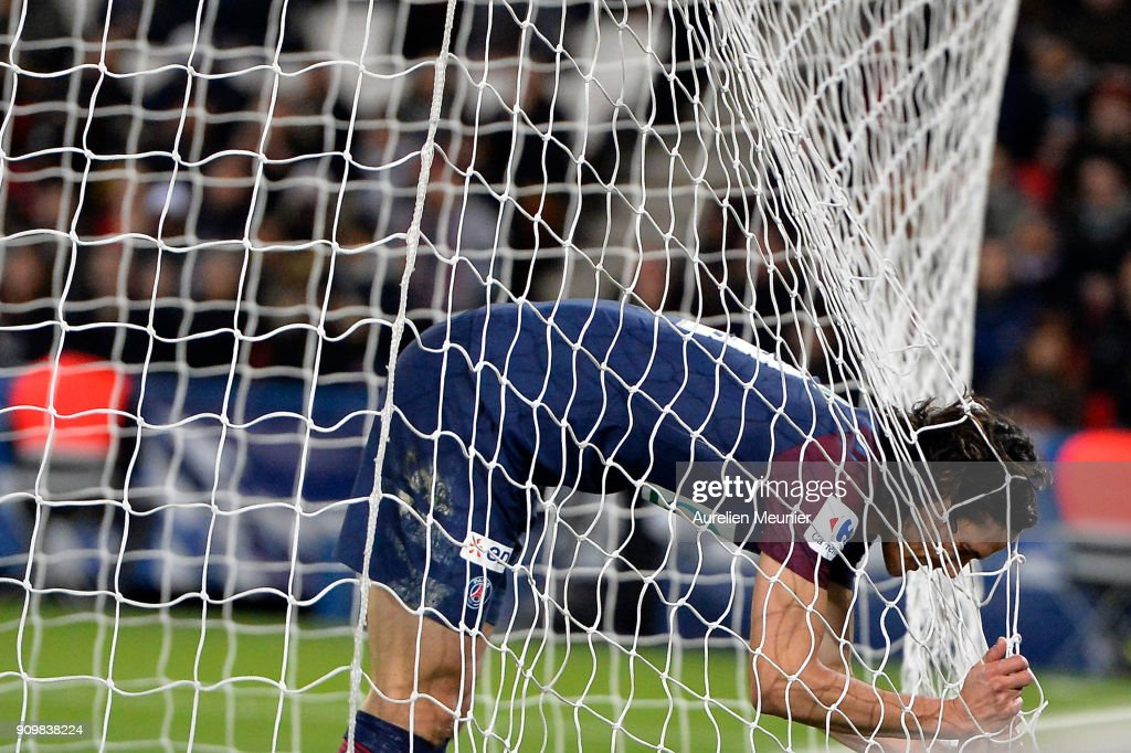 Edinson Cavani of Paris Saint-Germain reacts after missing a goal which would make him the all time best scorer of Paris Saint-Germain during the French National Cup match between Paris Saint Germain and Dijon FCO at Parc des Princes on January 24, 2018 in Paris.