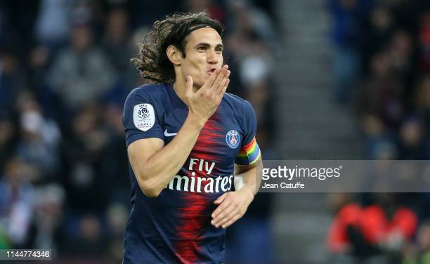 Edinson Cavani of PSG celebrates after scoring the second goal of his team during the French Ligue 1 match between Paris SaintGermain and Dijon FCO...