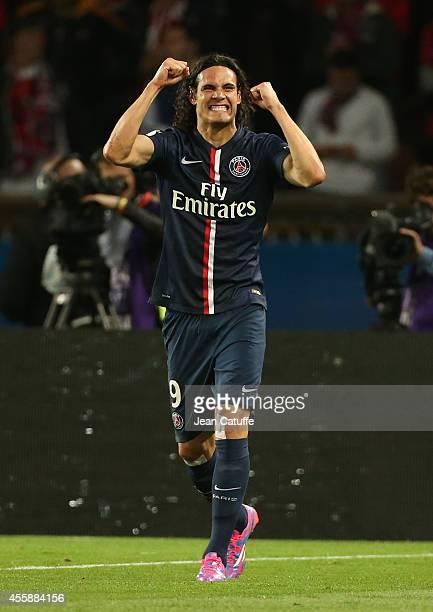 Edinson Cavani of PSG celebrates his goal during the Ligue 1 match between Paris SaintGermain FC and Olympique Lyonnais at Parc des Princes stadium...