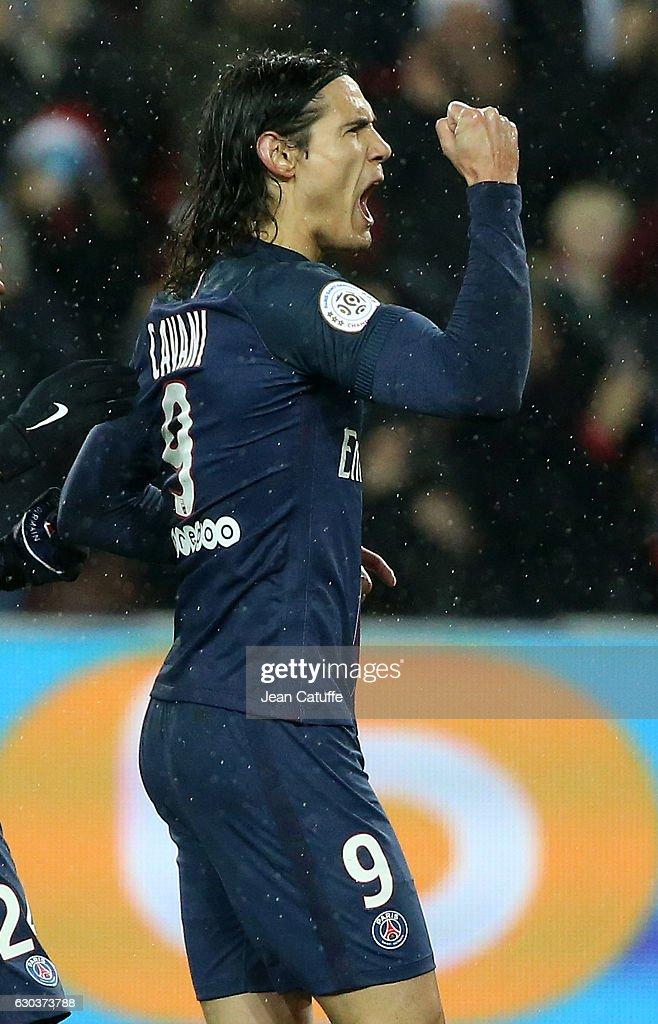 Edinson Cavani of PSG celebrates his goal on a penalty kick during the French Ligue 1 match between Paris Saint-Germain (PSG) and FC Lorient at Parc des Princes stadium on December 21, 2016 in Paris, France.