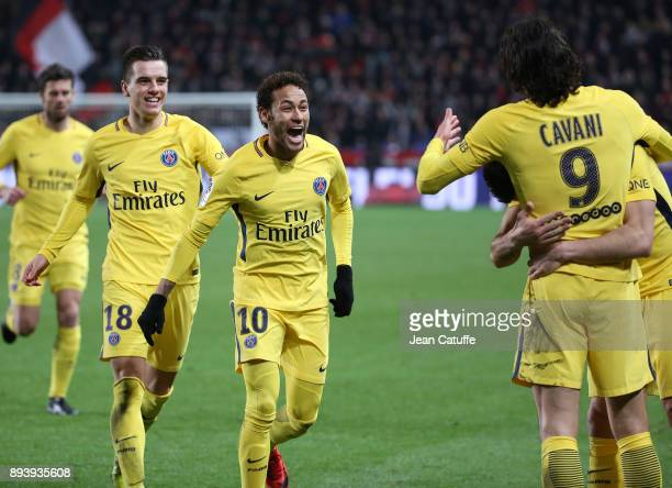Edinson Cavani of PSG celebrates his goal with Giovani Lo Celso Neymar Jr during the French Ligue 1 match between Stade Rennais and Paris Saint...