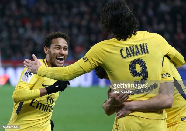 Edinson Cavani of PSG celebrates his goal with Neymar Jr during the French Ligue 1 match between Stade Rennais and Paris Saint Germain at Roazhon...
