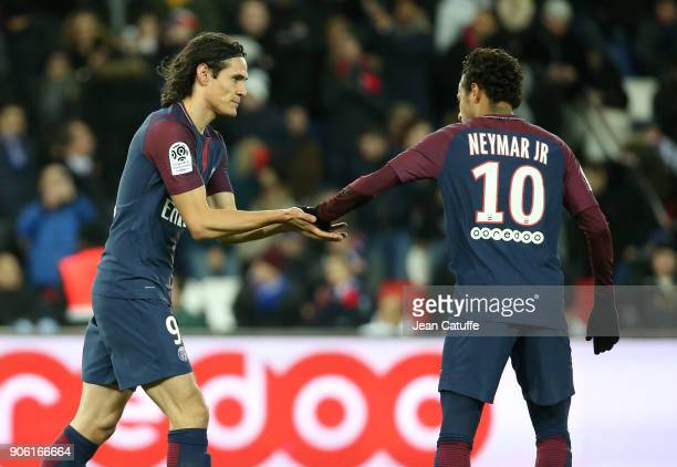 Edinson Cavani of PSG celebrates his goal with Neymar Jr tying the PSG record of Zlatan Ibrahimovic during the French Ligue 1 match between Paris...