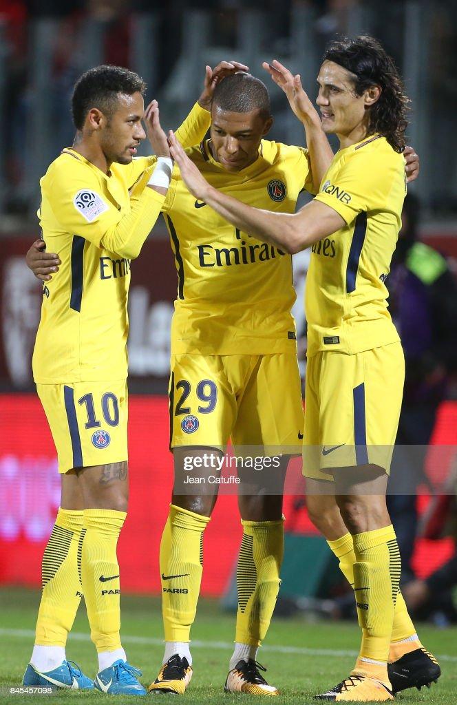 FC Metz v Paris Saint Germain - Ligue 1 : News Photo
