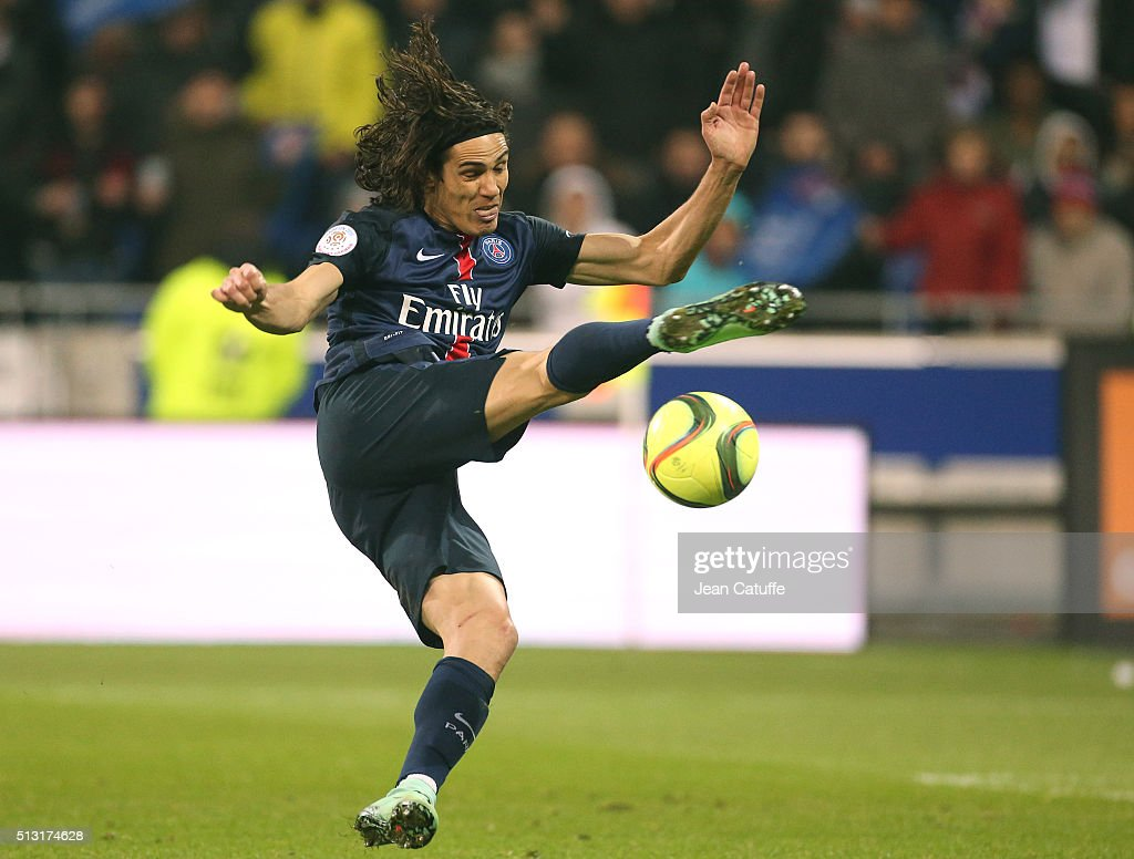 Edinson Cavani of PSG in action during the French Ligue 1 match between Olympique Lyonnais (OL) and Paris Saint-Germain (PSG) at Parc Olympique Lyonnais stadium (Parc OL) on February 28, 2016 in Lyon, France.