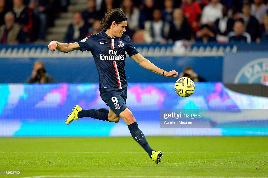 Paris Saint-Germain FC v EA Guingamp - Ligue 1 : News Photo